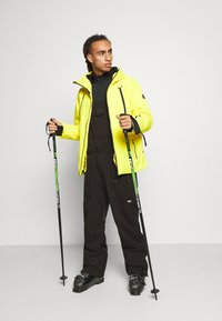 O'Neill - SHRED BIB PANTS - Snow pants - black out - 1