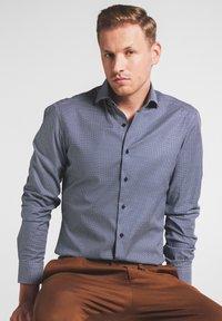 Eterna - SUPER SLIM FIT - Formal shirt - marine - 0