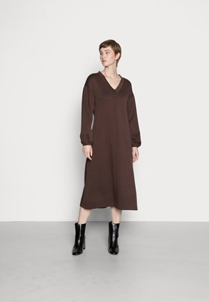 BYPUSTI DRESS - Jersey dress - java