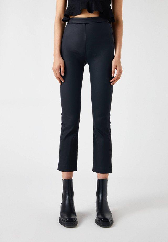 Pantaloni - mottled black