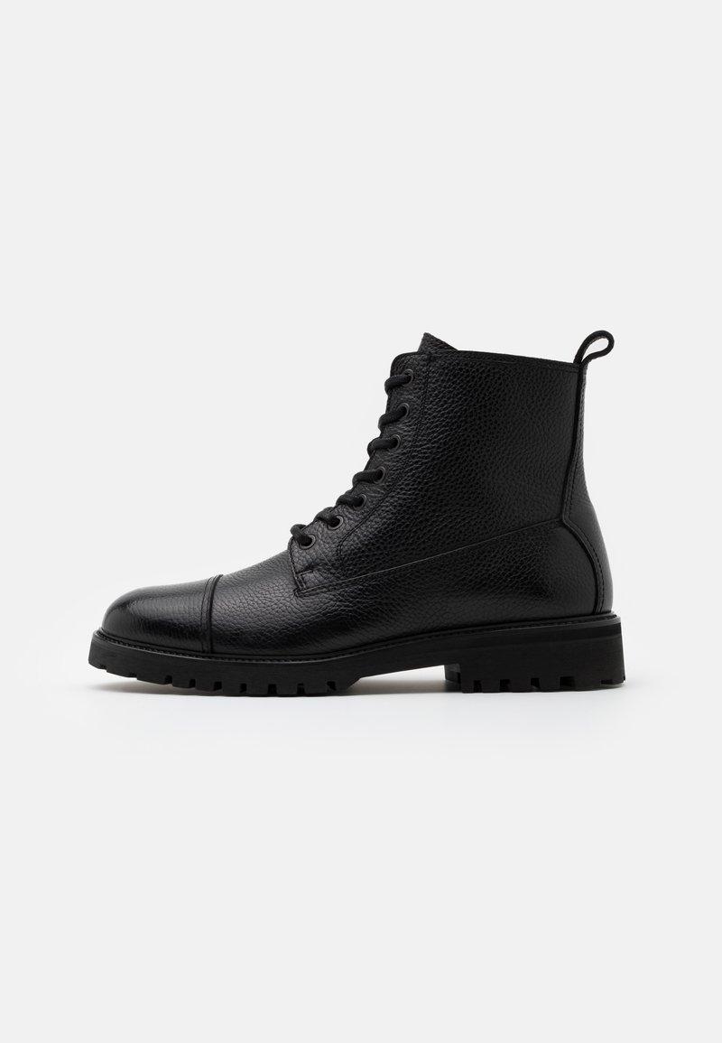 Belstaff - ALPERTON - Šněrovací kotníkové boty - black