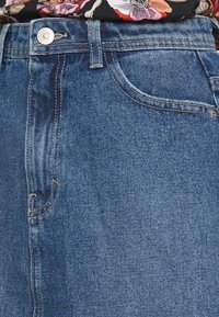 Pieces - PCLOU SKIRT  - A-line skjørt - medium blue denim - 4