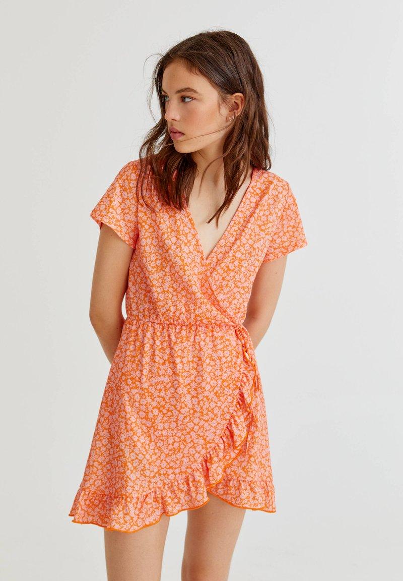 PULL&BEAR - MIT PRINT - Vardagsklänning - orange
