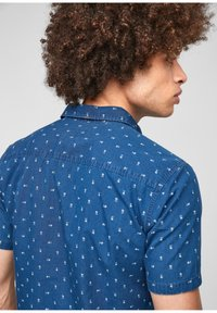 QS by s.Oliver - EXTRA SLIM - Shirt - blue aop - 4