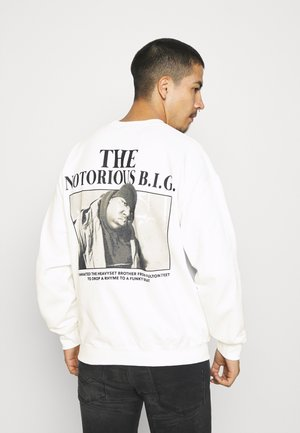 MENNACE BIGGIE STORY TO TELL - Sweatshirt - white