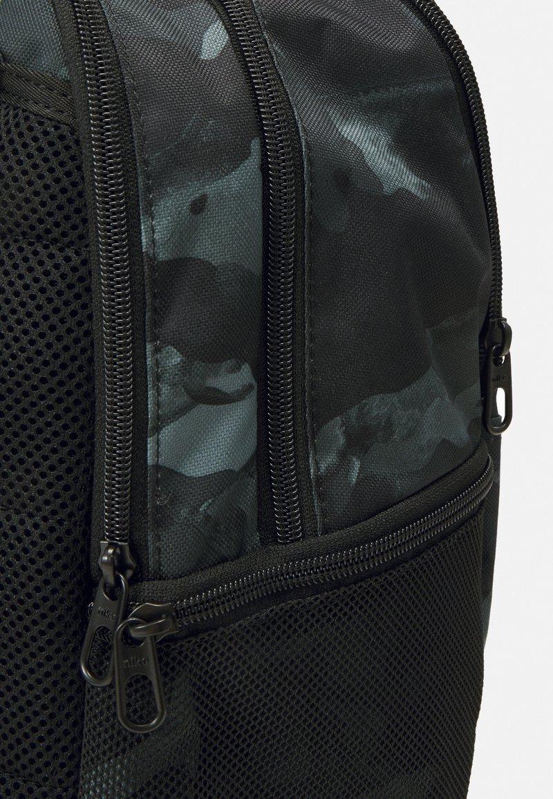 Nike Performance - UNISEX - Rucksack - smoke grey/black/cool grey