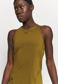 Nike Performance - TANK ALL OVER  - Funktionsshirt - olive flak - 4