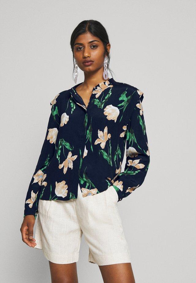 VMBETTY BUTTON - Button-down blouse - navy blazer