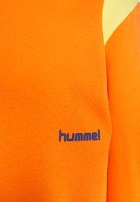 Hummel Hive - UNISEX - Sweatshirt - carrot - 2