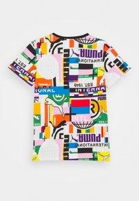 Puma - TEE UNISEX - T-shirt print - white - 1