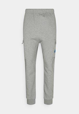 COURT PANT - Pantalones cargo - grey heather