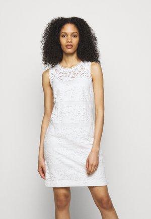 FLORAL STRIPED DRESS - Shift dress - white