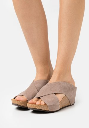 FRANCES EDITION - Heeled mules - beige