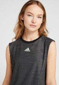 adidas Performance - DRESS SET - Sportovní šaty - black/glow green - 8