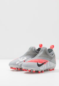 Nike Performance - PHANTOM VISION 2 ACADEMY FGMG - Moulded stud football boots - metallic bomber grey/black/particle grey - 3