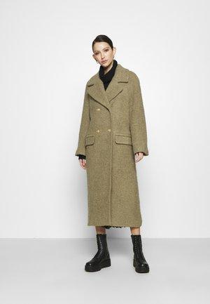 MAIDA COAT - Klasyczny płaszcz - grün
