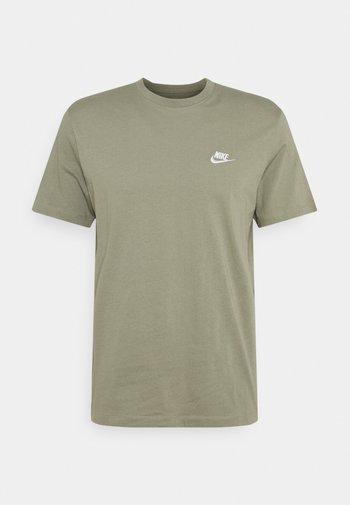 CLUB TEE - Basic T-shirt - light army/white