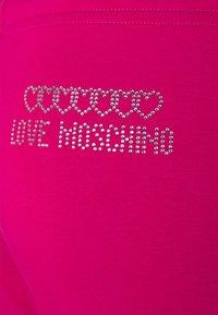 Love Moschino - Pantalon de survêtement - fuchsia - 5