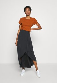 Object - OBJANNIE MIDI SKIRT - STRAIGHT - Wrap skirt - black - 1