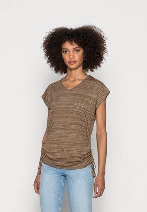 SC-GALINA 7 - Print T-shirt - caramel
