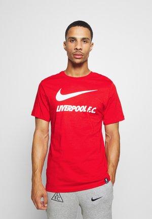 LIVERPOOL FC TEE GROUND - Fanartikel - university red