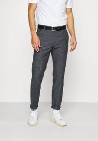 Tommy Hilfiger Tailored - FLEX SLIM FIT PANT - Kalhoty - black - 0