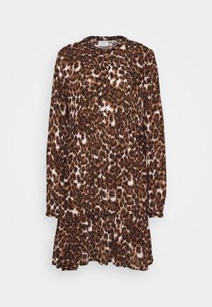 KAKACEY AMBER - Košilové šaty - brown