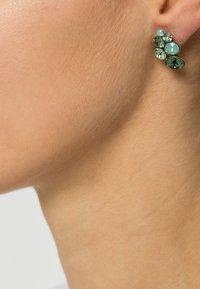 Konplott - PETIT GLAMOUR - Earrings - green antique - 0