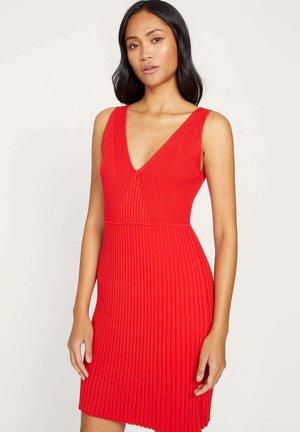 Jumper dress - e0-rouge