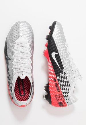 VAPOR 13 ELITE NEYMAR FG - Moulded stud football boots - chrome/black/red orbit/platinum tint/white