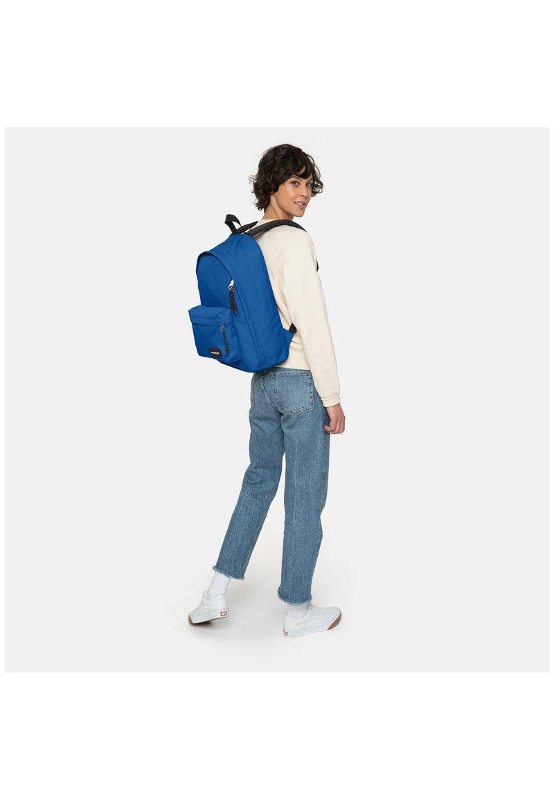 Eastpak - OUT OF OFFICE - Plecak - cobalt blue