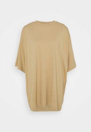 HUGE - Basic T-shirt - dark beige