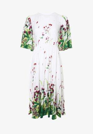 TEREZIA - Day dress - weiß/hellgrün