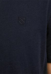Jack & Jones PREMIUM - Basic T-shirt - peacoat - 4