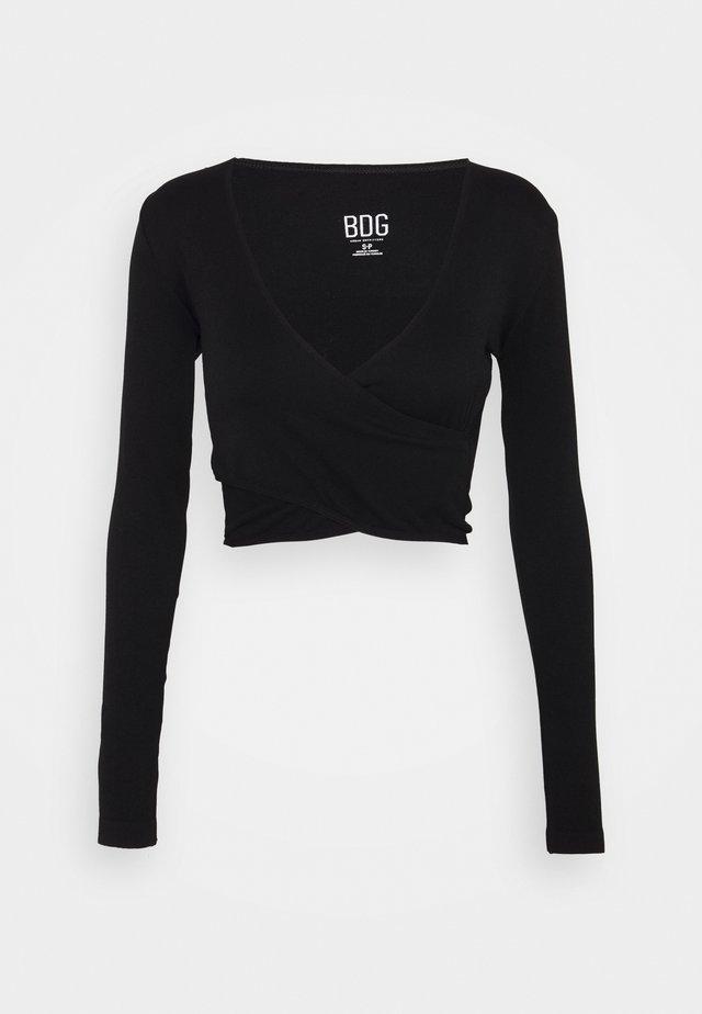 SEAMLESS BALET WRAP - Langærmede T-shirts - black