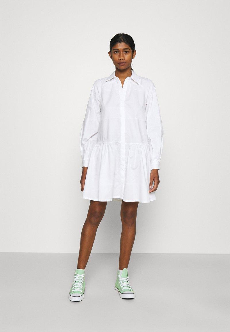 YAS - YASSCORPIO DRESS - Blousejurk - bright white