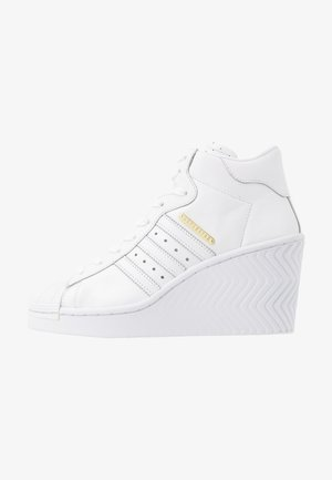 SUPERSTAR ELLURE  - Vysoké tenisky - footwear white/gold metallic/core black