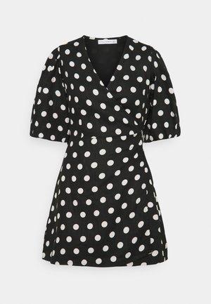 GODIVA WRAP DRESS - Denní šaty - black
