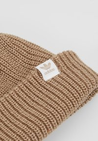 adidas Originals - SHORTY BEANIE - Pipo - trakha/white - 5