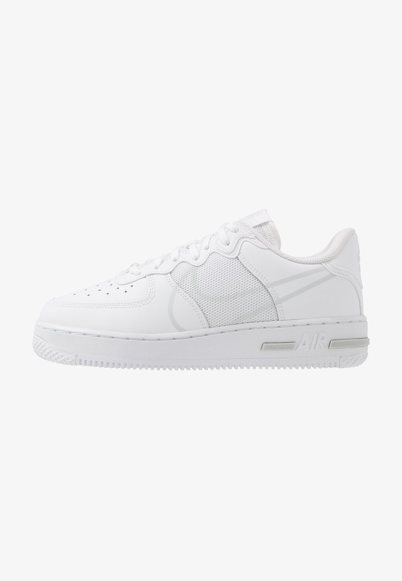 Nike Sportswear - AIR FORCE 1 REACT - Sneakersy niskie - white/pure platinum