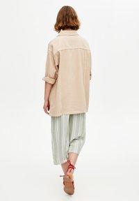 PULL&BEAR - IM WORKWEAR LOOK - Summer jacket - beige - 2