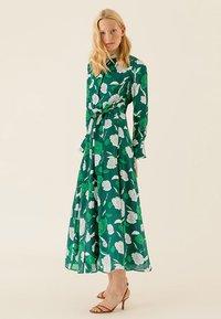 IVY & OAK - Maxi dress - evergreen - 1