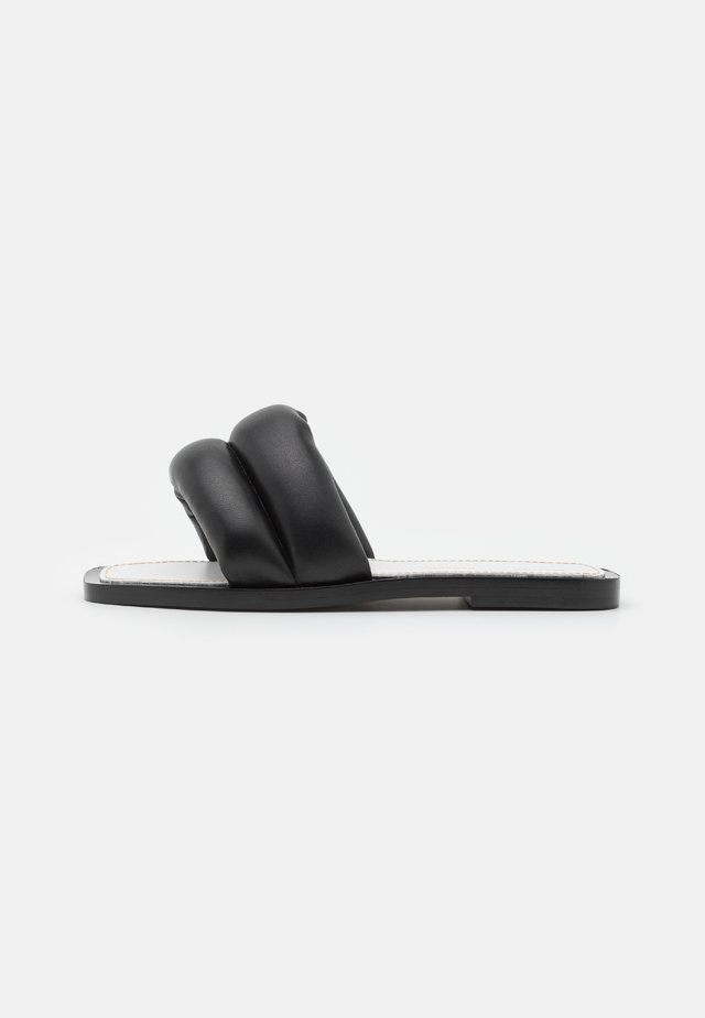 PUFFY SLIDE - Pantofle - black