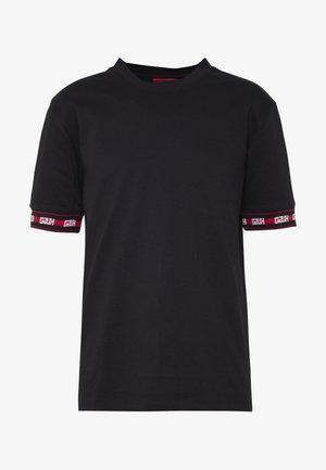 DERRA - T-shirt con stampa - black