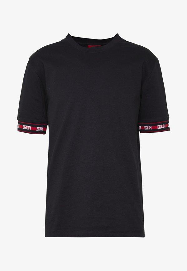 HUGO DERRA - T-shirt z nadrukiem - black/czarny Odzież Męska YUJY