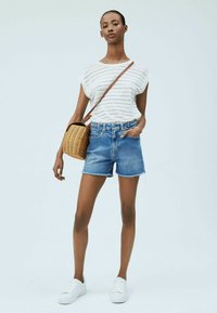 Pepe Jeans - Shorts - blue - 1
