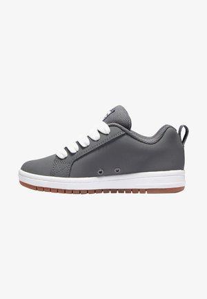 Sneakers laag - grey/gum