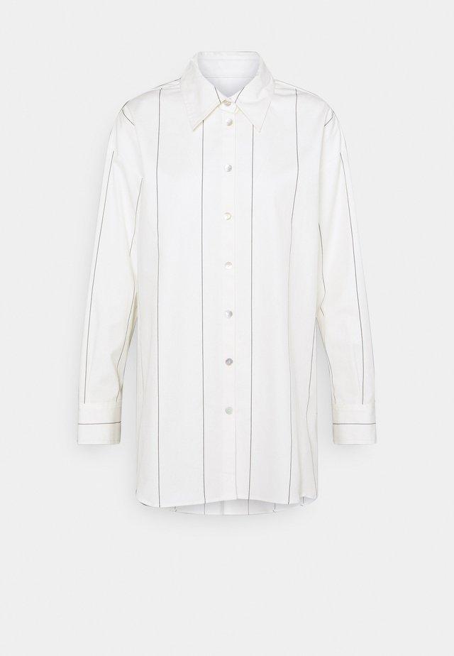 LANGARM - Button-down blouse - ecru