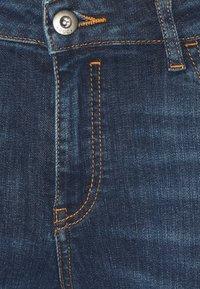 edc by Esprit - CAPRI - Denim shorts - blue dark wash - 2