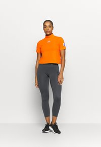 adidas Performance - AEROKNIT 7/8 T TRAINING WORKOUT DESIGNED4TRAINING PRIMEGREEN LEGGINGS FITTED - Tights - solid grey - 1